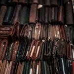 大量の財布の写真
